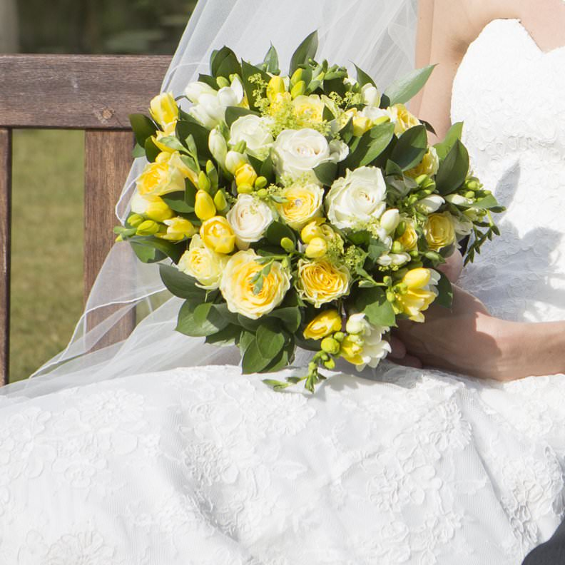 bridal bouquet freesia and roses